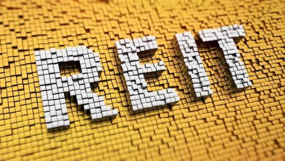 TFSA Investors: 1 Safe Stock Set to Outperform